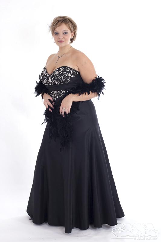 Společenské šaty XXL  42-52 - Svatební centrum - Společenské šaty Olomouc 0a8899ef2c